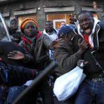 Immigrati in rivolta nel Cpa di Cagliari. Aeroporto chiuso per tre ore