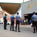 Reggio Calabria, protesta degli immigrati, scontri al centro accoglienza