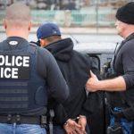 Migliaia di immigrati irregolari arrestati negli Stati Uniti