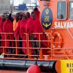 Sbarco di 200 immigrati al porto di Palermo